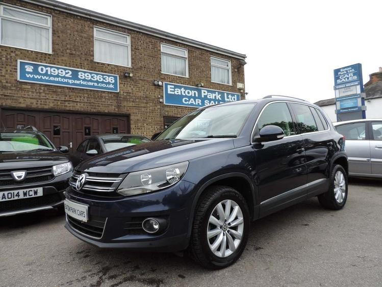 View VOLKSWAGEN TIGUAN 2.0 TDI BlueMotion Tech Match DSG 4WD 5dr