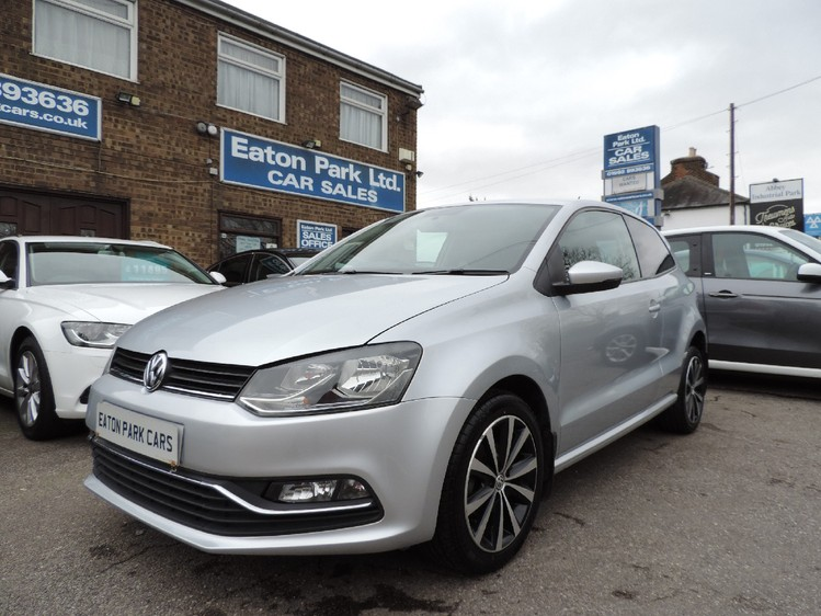 VOLKSWAGEN POLO 60 BlueMotion SE